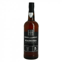 Madeira Henriques y Henriques Finest Dry 5 years old