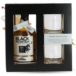 BLACK MOUNTAIN N°1 Blended Scotch Whiskey Aged in an Armagnac Barrel Gift Box + 2 Glasses